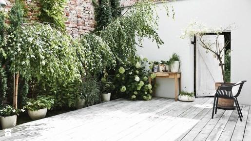 Горшки для балкона и террасы