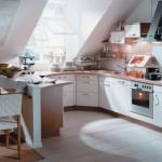 Стиль и цвет для кухни на мансардном этаже