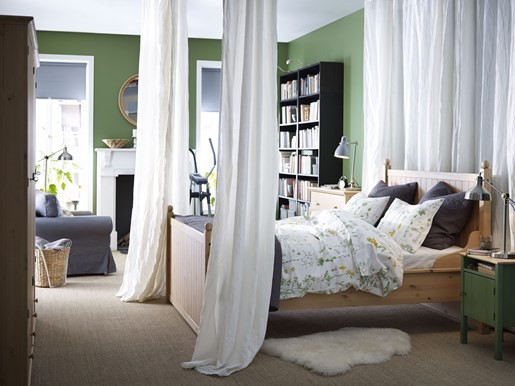 Как создать романтическую атмосферу в вашей спальне?