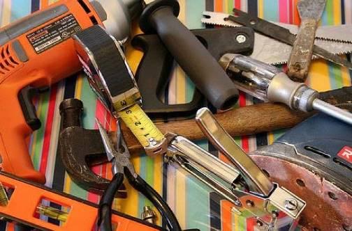 Инструменты для ремонта квартиры: что выбрать?