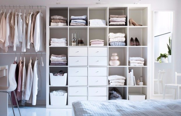 Почему не стоит хранить одежду, как на глянцевых картинках